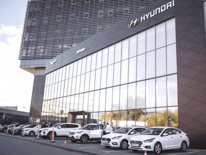 Avtosalon-Hyundai.jpg